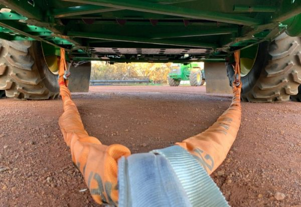 Snatch Straps and Bridles for extracting bogged machinery