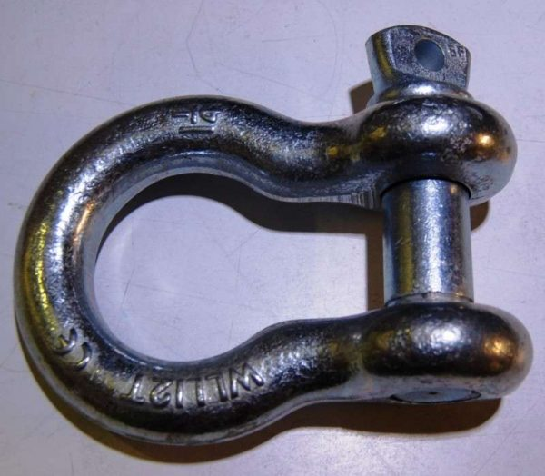 12 tonne Shackle