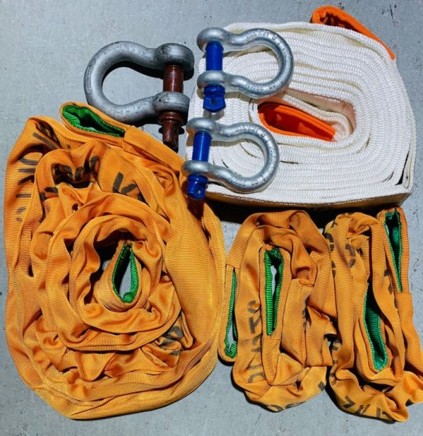 50 Tonne Snatch Strap and Bridle package including 15Mt 100T Strap, 6 Metre Bridle and two axle straps and shackles to suit.